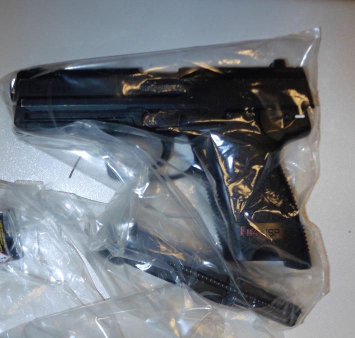 chusswaffe-betzenhausen-supermarkt-pistole