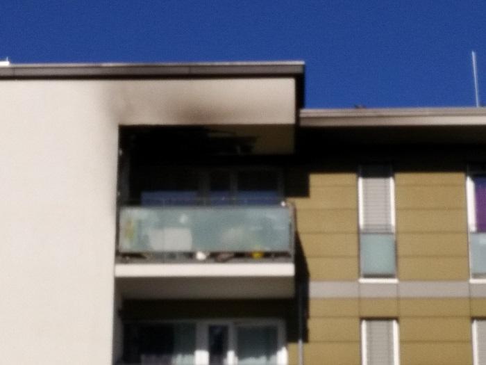 Laubenweg-feuer-brand-balkon-freiburg-haslach