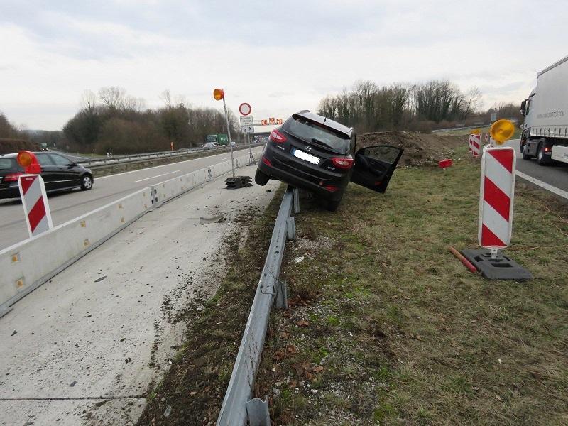 autobahn-a5-weil-leitplanke-polizei