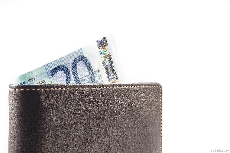 portemonnaie-wechselgeldbetrug-geldboerse-pixabay