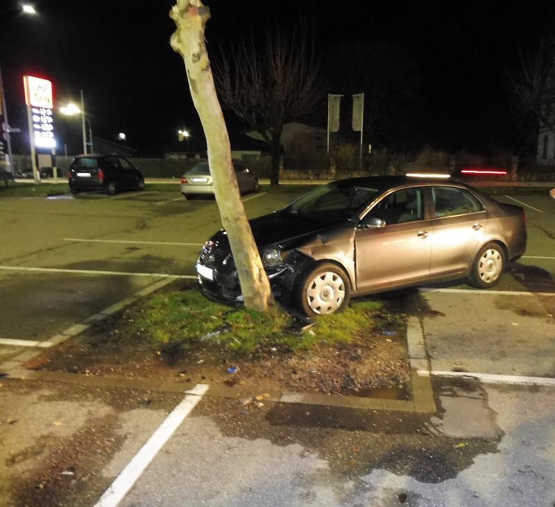 verkehrsunfall-parkplatz-schopfheim-polizei