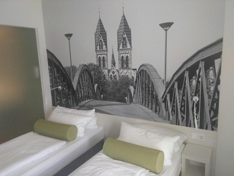 Hotel-super8-freiburg-zimmer-bewertung