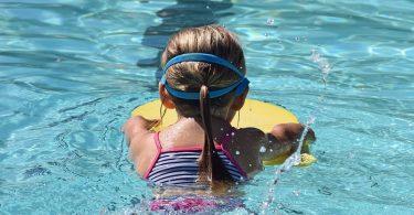 schwimmlehrer-baden-baden-missbrauch-sexueller-pixabay