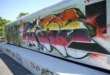 graffiti-zuege-regionalbahn