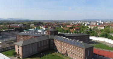 efaengnis-freiburg-klein-colourbox