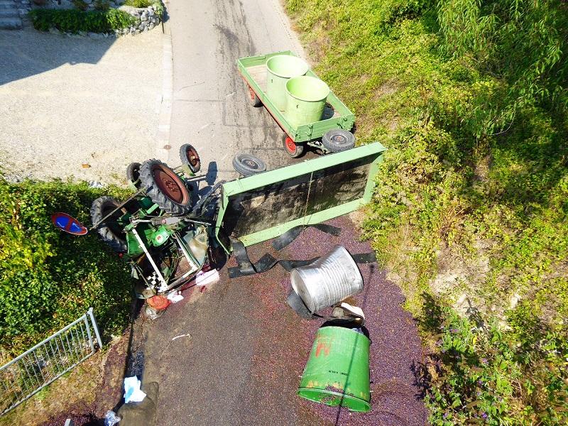 burkheim-vogtsburg-traktor-weinlese-polizei