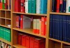 strafrecht-freiburg-anwälte-bücher-pixabay