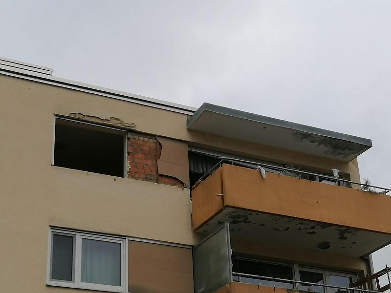 Feuer Brand Ebnet Im Etter Wohnung Fenster