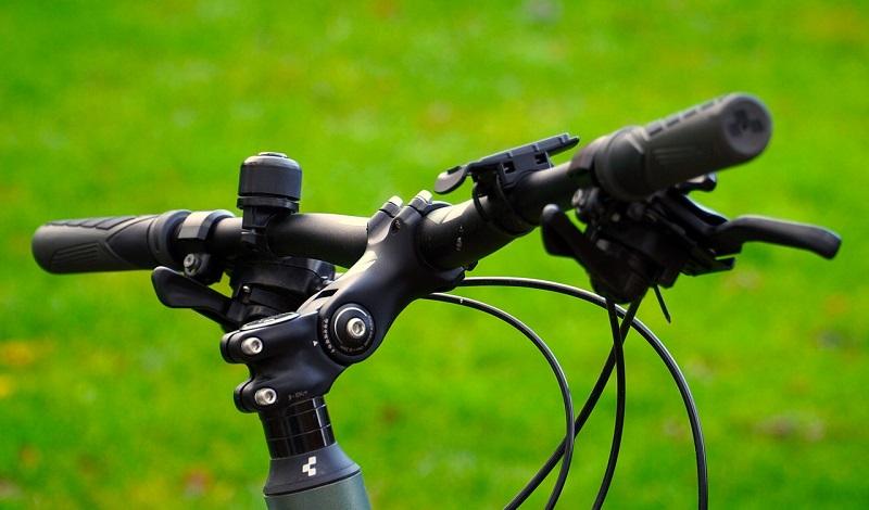 fahrrad-helm-unfall