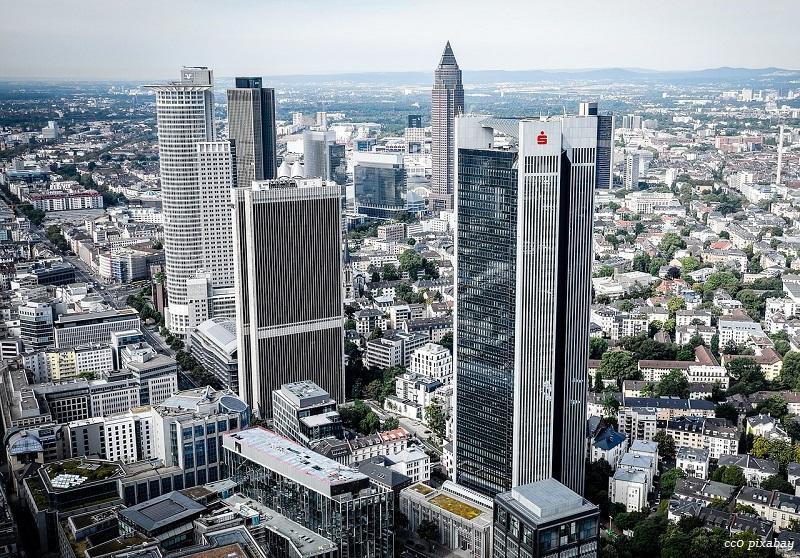 frankfurt-skyline-hessen