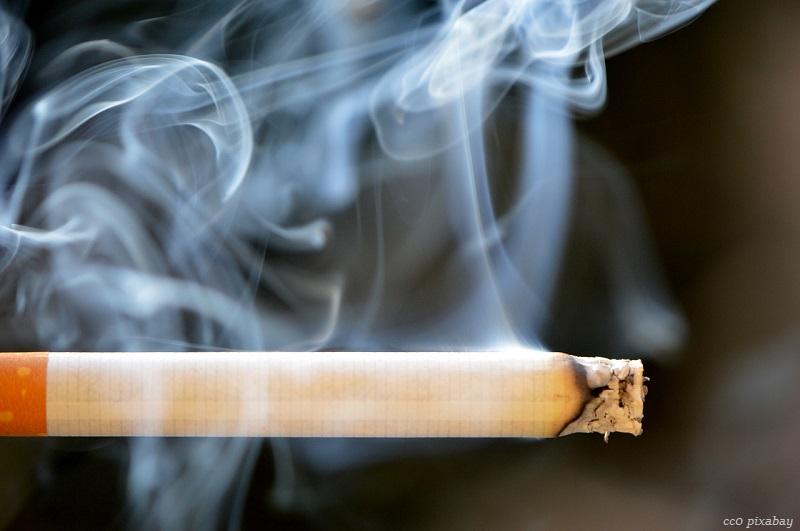 zigarette-bett-matratze-emmendingen