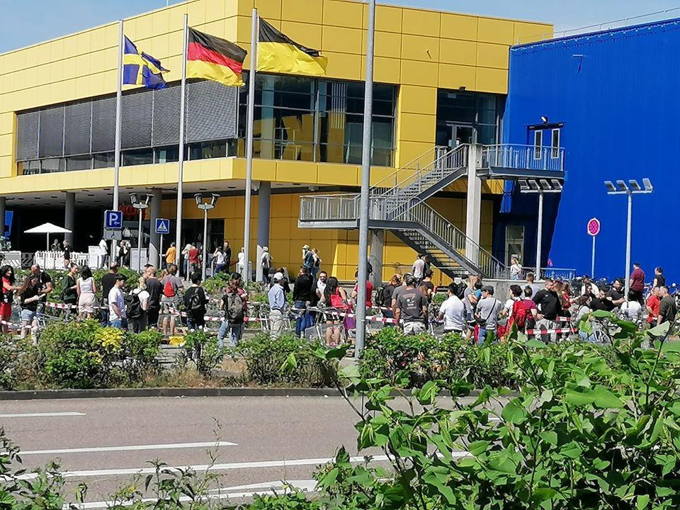 Ikea Freiburg Möbelhaus Schlange Kette