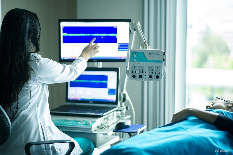 krankenhaus-übersterblichkeit-schweiz