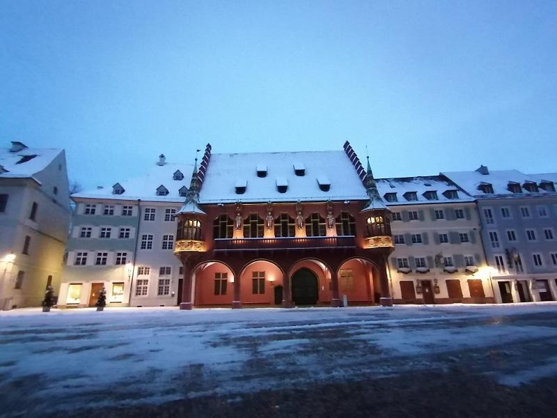 Freiburg-kaufhaus-winter-2021