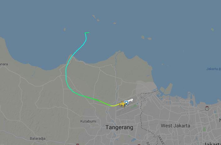 boing-flugradar-indonesien-schirm-screenshot