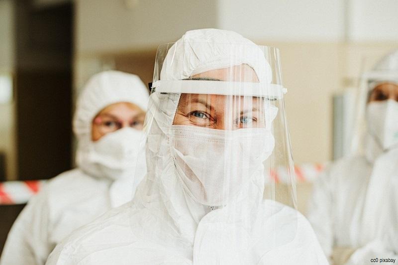 coronavirus-maske-atemschutz