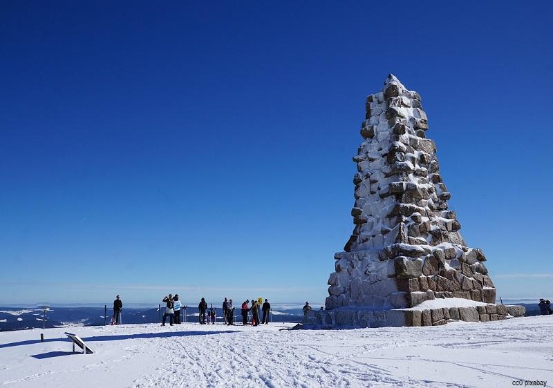 feldberg-schnee-winter-ski