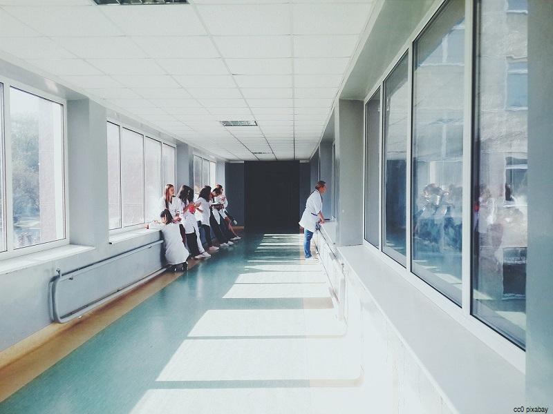 krankenhaus-warteraum
