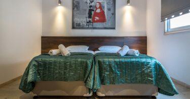 hotelübernachtung-hotelbett